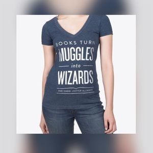 Out of print Harry Potter V-neck T-Shirt Size M❤️